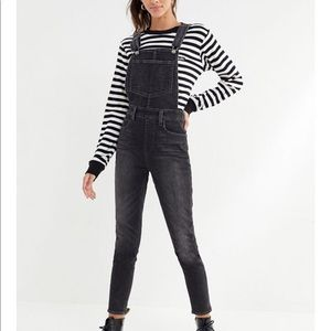 Levi's skinny faded black ankle crop overalls